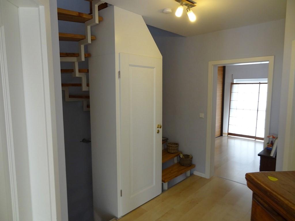 kunde ruft uns zur hilfe mein treppengel nder gef llt mir nicht mehr und ich will mein. Black Bedroom Furniture Sets. Home Design Ideas