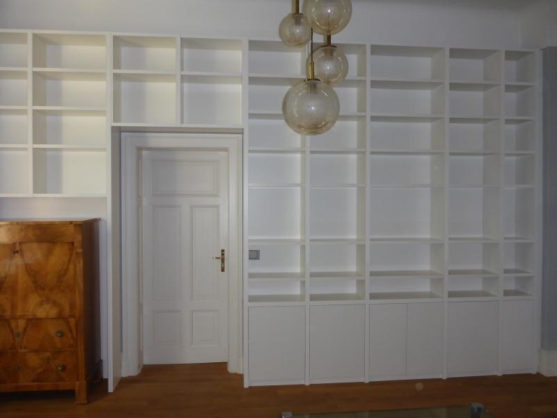 Möbel nach Maß, Bücherregal rechts