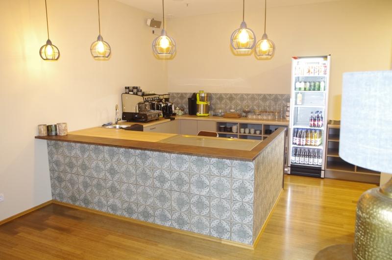 Kaffeetheke Health Bar von rechts Yogainstitut